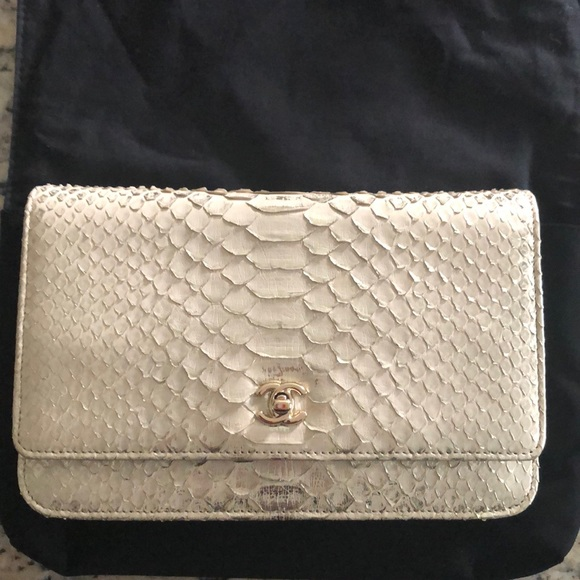 53954cbd365120 CHANEL Bags | Bag Purse Wallet On Chain Authentic Gold | Poshmark